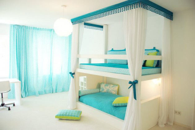 15 Ingeniously Smart and Functinable Bedroom Space Saving Solutions homestheitcs bed space saving (6)