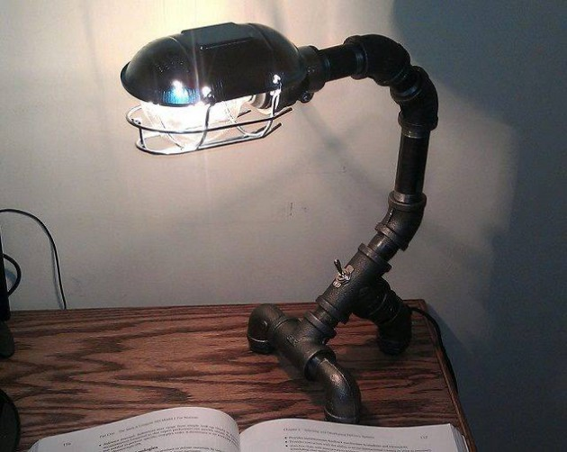 #1 DESK INDUSTRIAL PIPE LAMP WITH LIGHT BULB ARMOR