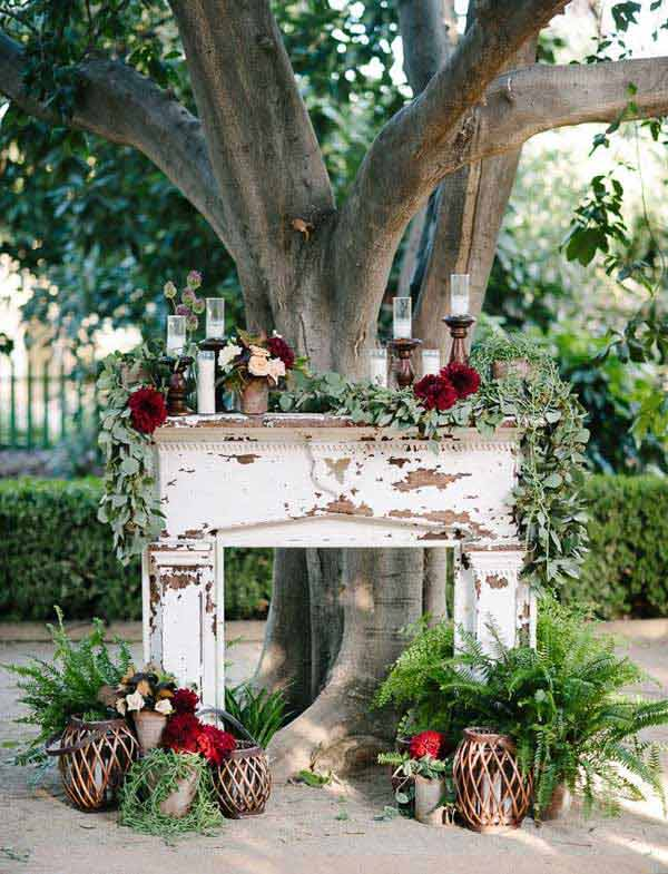 16 Simply Beautiful Ways to Decorate With Mantel Outdoors homesthetics decor (12)