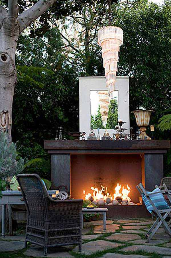 16 Simply Beautiful Ways to Decorate With Mantel Outdoors homesthetics decor (6)
