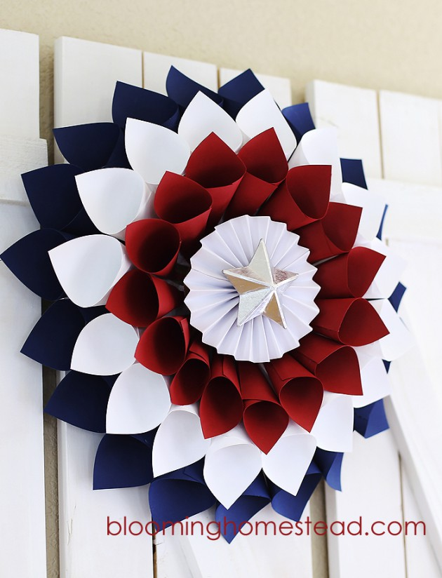 17 Patriotic DIY Wreath Ideas Ready to Welcome Guests Proudly homesthetics ideas (1)