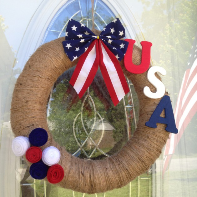 17 Patriotic DIY Wreath Ideas Ready to Welcome Guests Proudly homesthetics ideas (16)