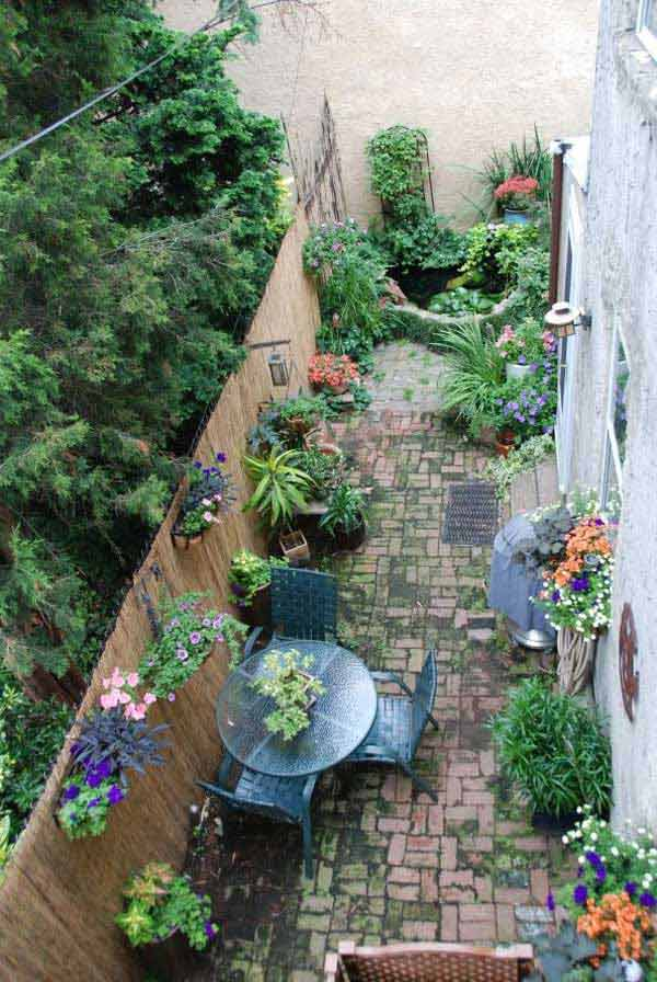 18 beautifully creative landscaping ideas for narrow for Narrow flower bed ideas