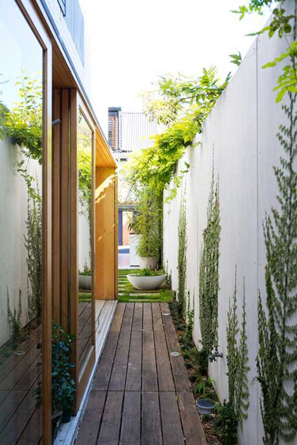18 Beautifully Creative Landscaping Ideas For Narrow ... on Narrow Backyard Landscaping Ideas id=85599