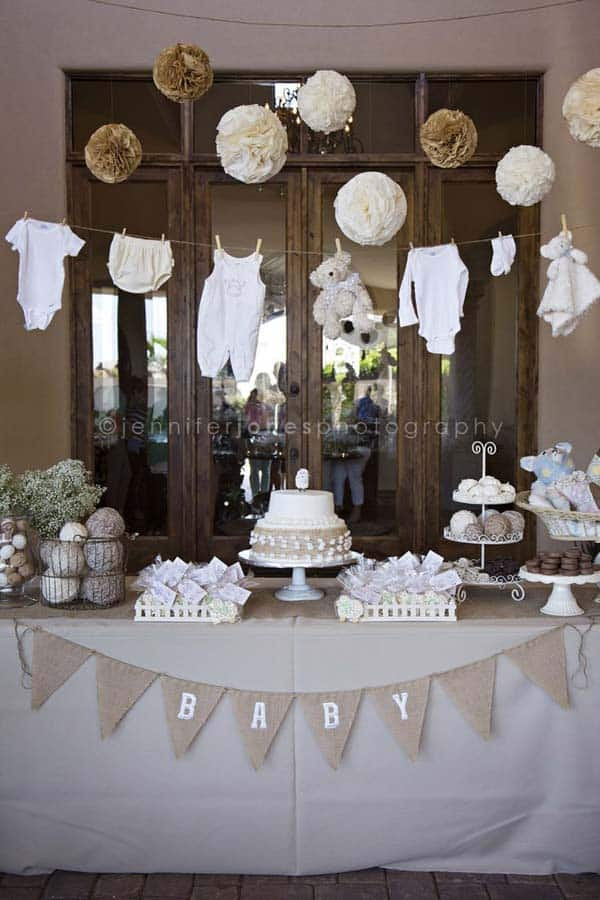 22 Insanely Cretive Low Cost DIY Decorating Ideas For Your Baby Shower Party homesthetics decor ideas (11)