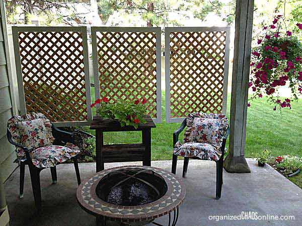 Delicieux Lattice Privacy Screen In Small Patio