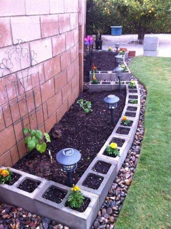 27+ DIY Garden Bed Edging Ideas Ready to Emphasize Your Greenery homesthetics backyard landscaping (9)