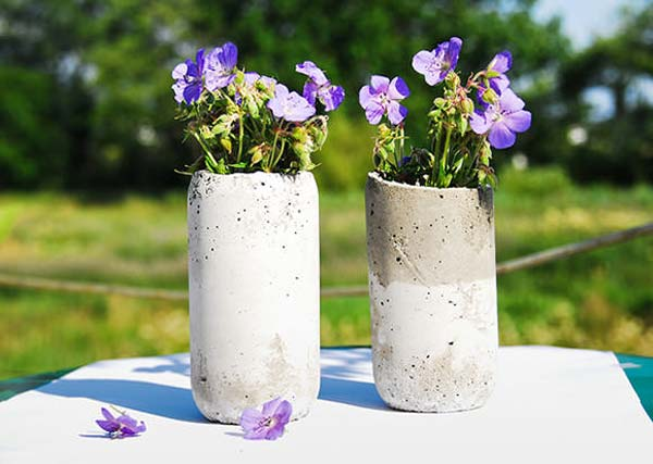28 Highly Creative DIY Concrete Projects For Your Household homesthetics concrete crafts (17)