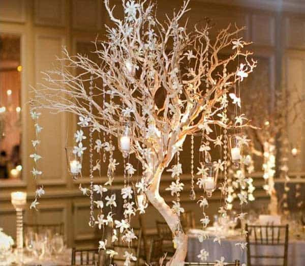 30 Sculptural DIY Tree Branch Chandeliers to Realize In an Unforgettable Setup homesthetics decor (22)