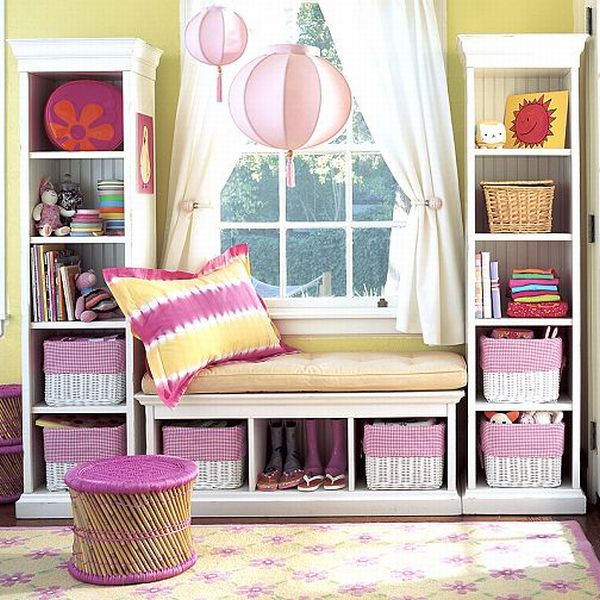 30 Stunning and Mesmerizing Window Seats That Will Beautify Your Home homesthetics window reading nooks (10)