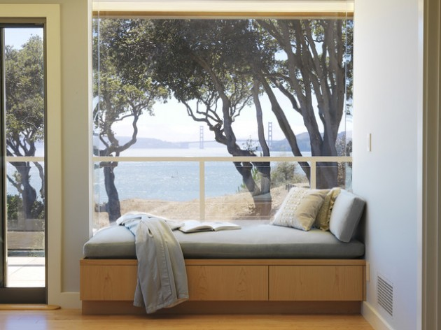 30 Stunning and Mesmerizing Window Seats That Will Beautify Your Home homesthetics window reading nooks (8)