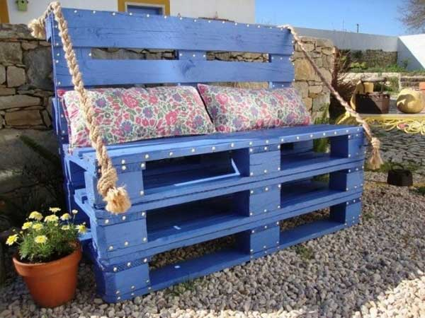 35 Beautiful Garden Benches Projects To Realize This Summer and Emphasize Greenery  homesthetics landscaping (14)