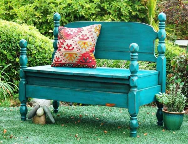 35 Beautiful Garden Benches Projects To Realize This Summer and Emphasize Greenery  homesthetics landscaping (17)