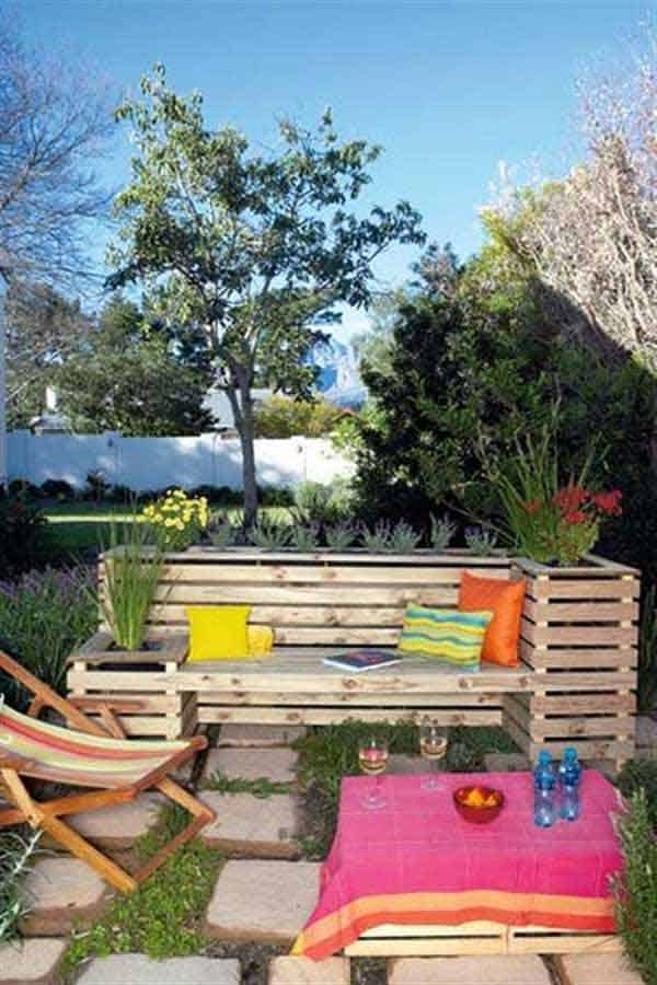 35 Beautiful Garden Benches Projects To Realize This Summer and Emphasize Greenery  homesthetics landscaping (21)