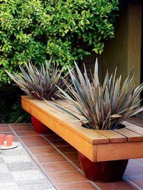 35 Beautiful Garden Benches Projects To Realize This Summer and Emphasize Greenery  homesthetics landscaping (23)
