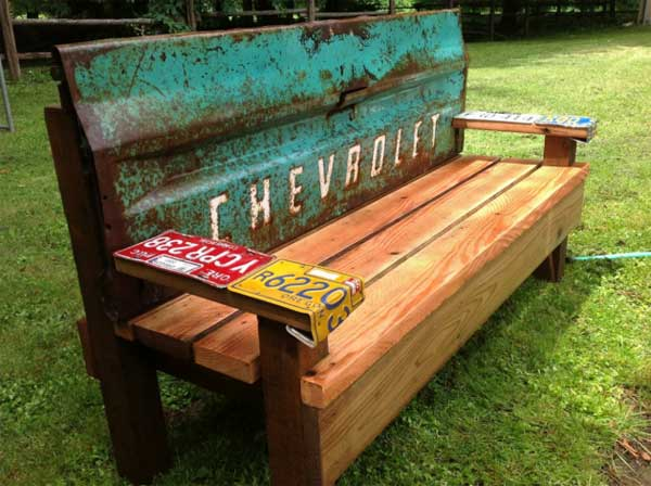 35 Beautiful Garden Benches Projects To Realize This Summer and Emphasize Greenery  homesthetics landscaping (6)