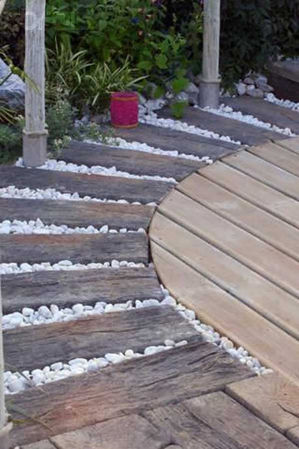41 Ingenious and Beautiful DIY Garden Path Ideas To Realize in Your Backyard homesthetics backyard landscaping (27)