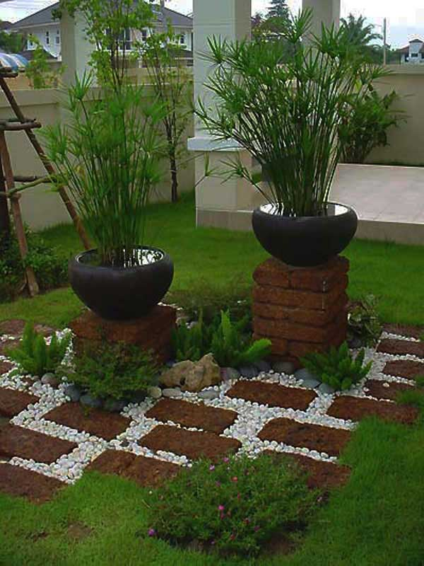 41 Ingenious and Beautiful DIY Garden Path Ideas To Realize in Your Backyard homesthetics backyard landscaping (40)