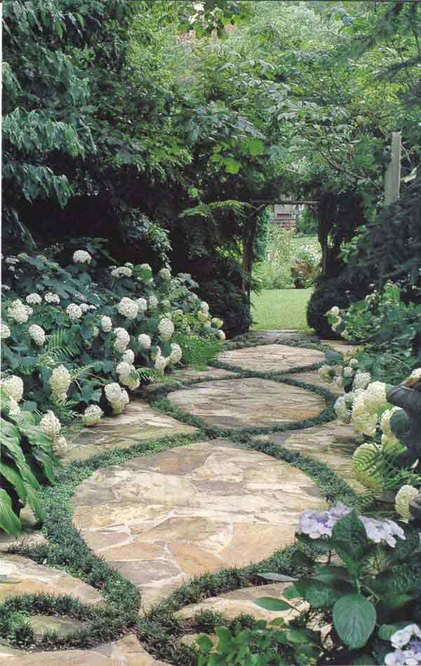 41 Ingenious and Beautiful DIY Garden Path Ideas To Realize in Your Backyard homesthetics backyard landscaping (5)