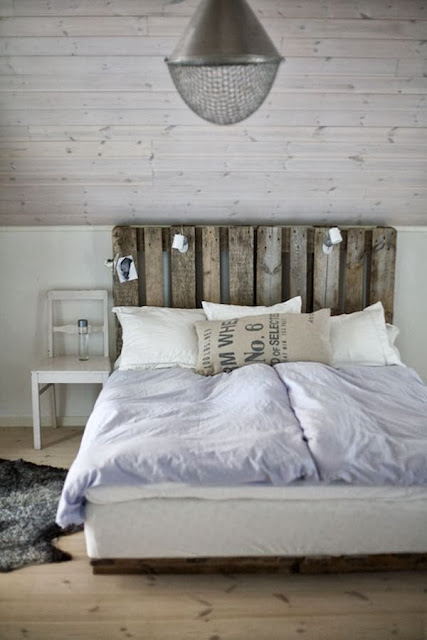 60 Beautiful Inspirational Ideas On How To Recycle Pallets-homesthetics.net (58)