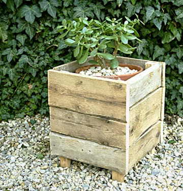 60 Beautiful Inspirational Ideas On How To Recycle Pallets-homesthetics.net (76)
