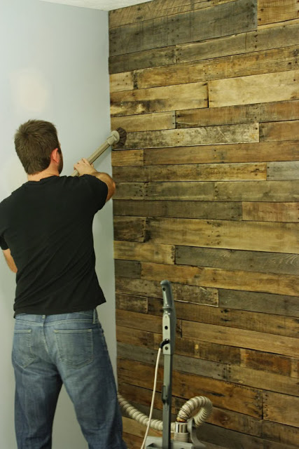 60 Beautiful Inspirational Ideas On How To Recycle Wooden Pallets-homesthetics.net (10)