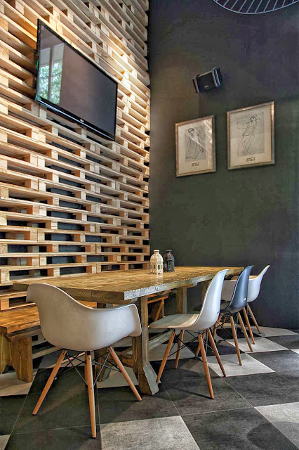 60 Beautiful Inspirational Ideas On How To Recycle Wooden Pallets-homesthetics.net (13)