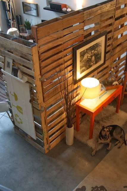 60 Beautiful Inspirational Ideas On How To Recycle Wooden Pallets-homesthetics.net (14)