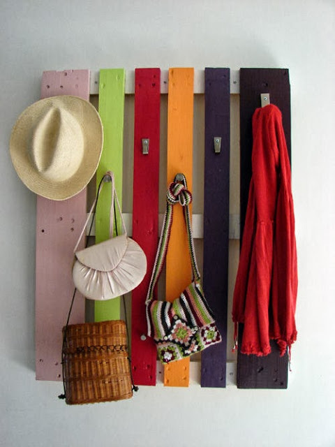 60 Beautiful Inspirational Ideas On How To Recycle Wooden Pallets-homesthetics.net (3)