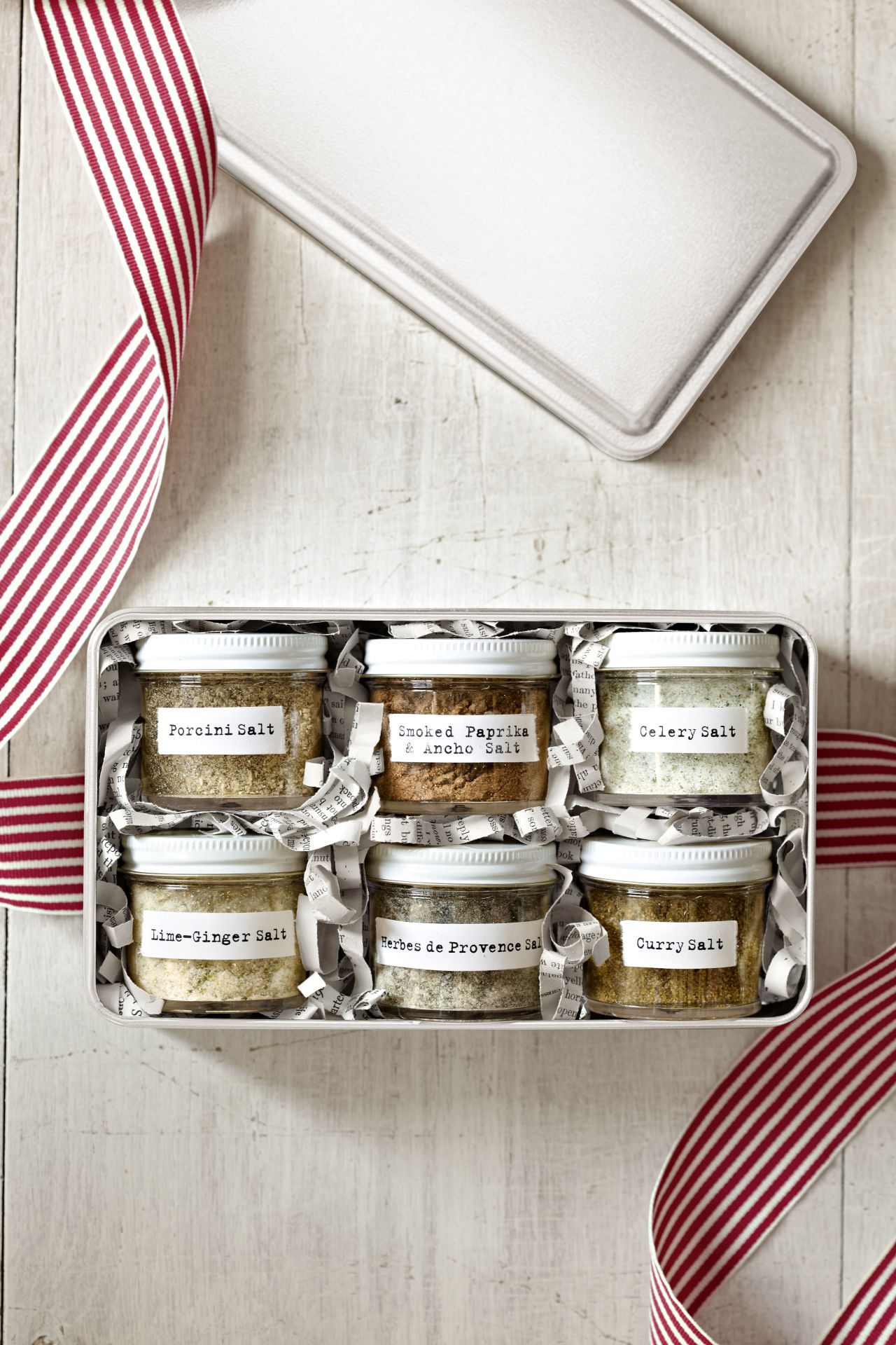 Creative different flavored DIY salts gift pack