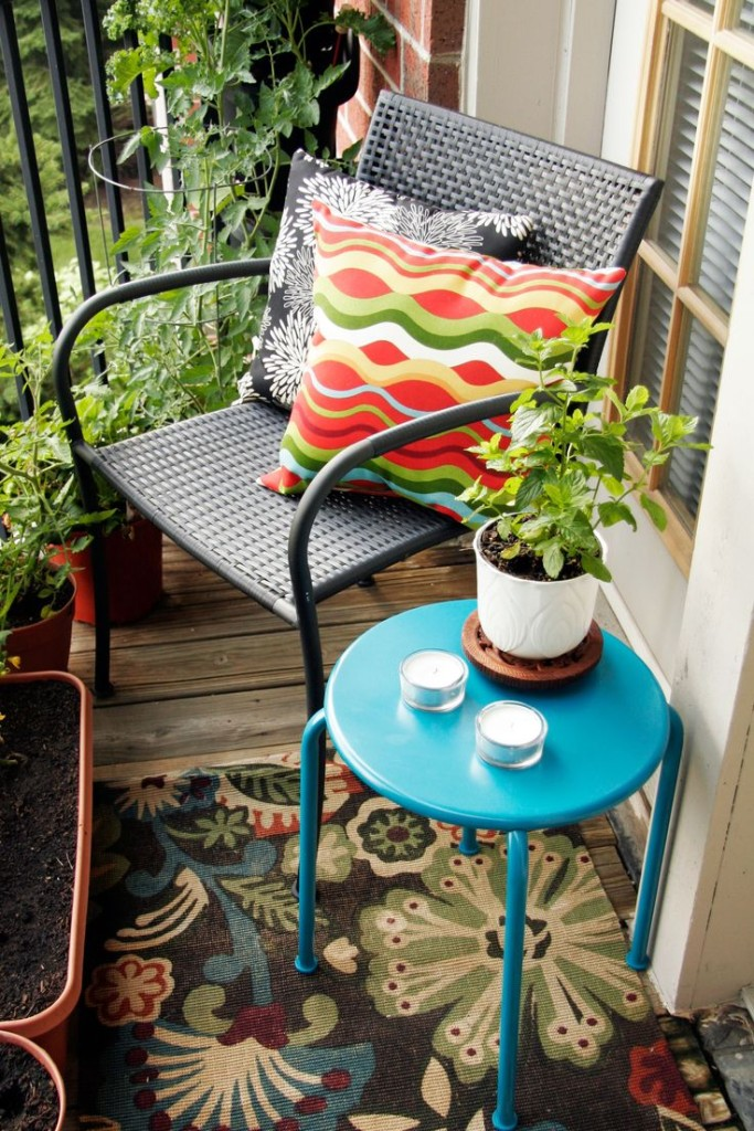 DIY Weekend Project-How To Transform Your Balcony Into A Green Oasis (10)