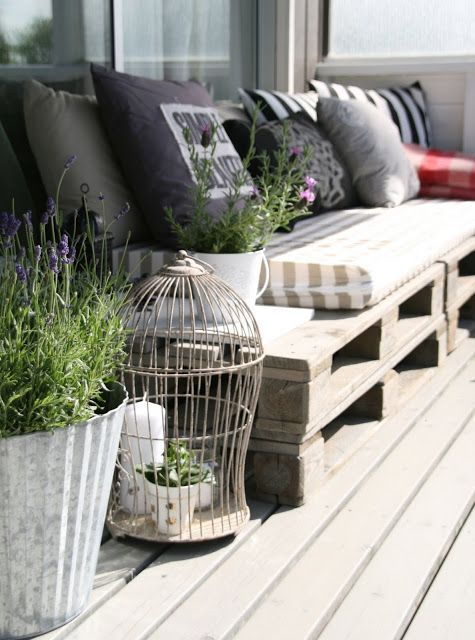 DIY Weekend Project-How To Turn Your Balcony Into A Green Oasis (23)