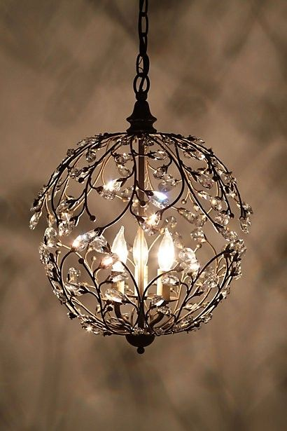 Elegant Sculptural Lighting Fixtures That Add Glamour To Any Home-homesthetic (13)