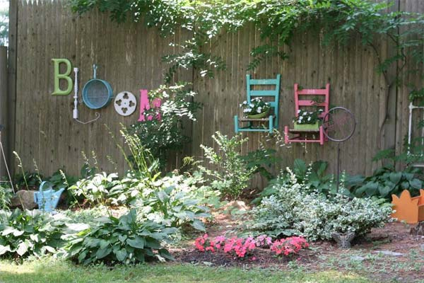 Get Creative With These 23 Fence Decorating Ideas and Transform Your ...