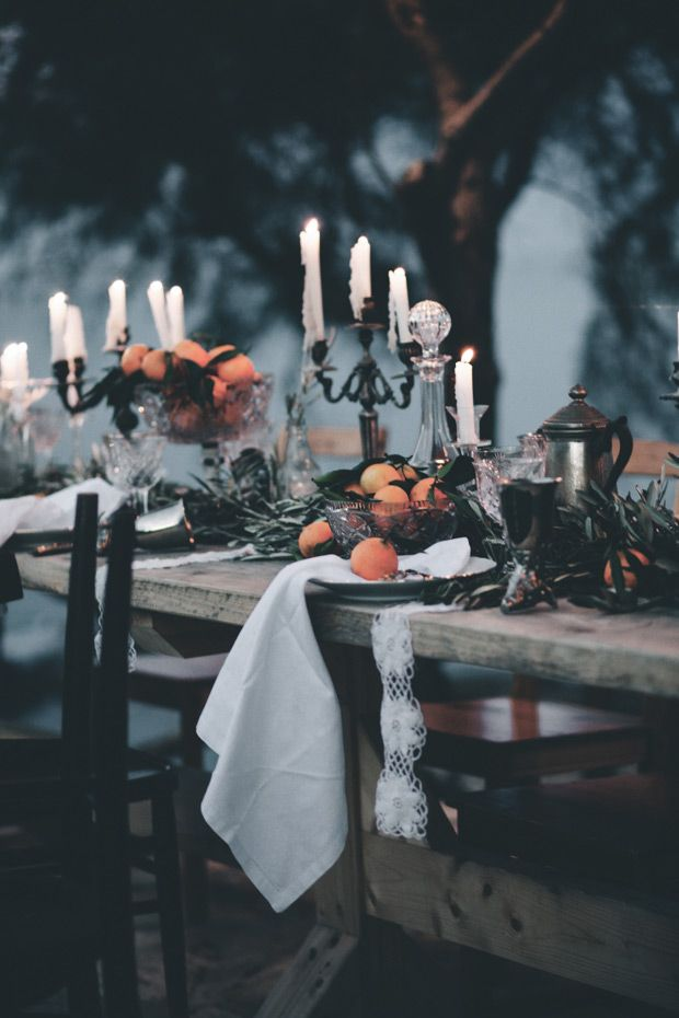 How To Add Warmth With Elegant Candle Displays-HOMESTHETICS.NET (16)