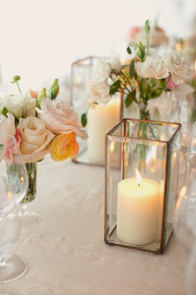 How To Add Warmth With Elegant Candle Displays-HOMESTHETICS.NET (17)