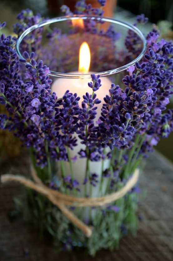 How To Add Warmth With Elegant Candle Displays-HOMESTHETICS.NET (2)