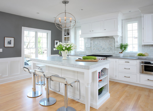 #2 Calm And Airy White And Gray Kitchen Interior Design