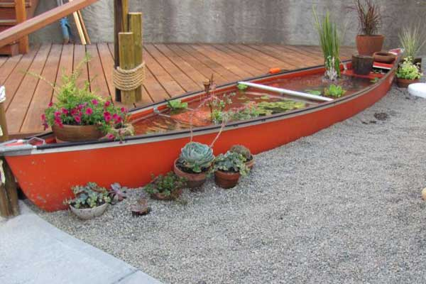 15 Insanely Beautiful and Creative Ways to Reuse Old Boats in Design homesthetics decor (9)