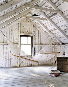 16 Incredible Transformations And Uses For An Attic Space-homesthetics (14)
