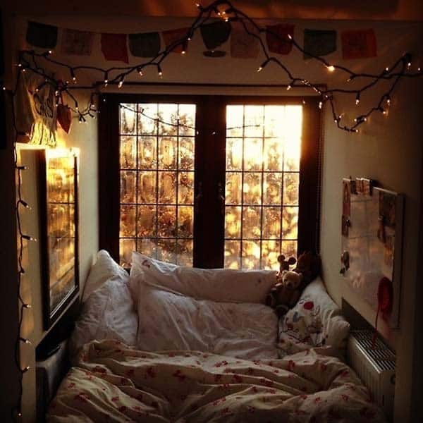 19 Beautiful and Cozy Reading Nooks For Your Home homesthetics decor (8)