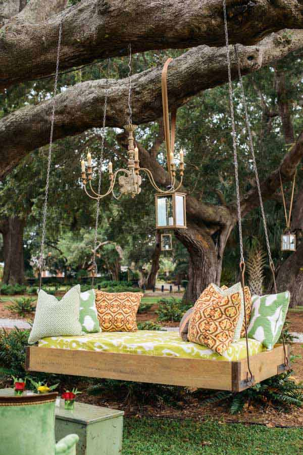 19 Relaxing Suspended Outdoor Beds That Will Transform