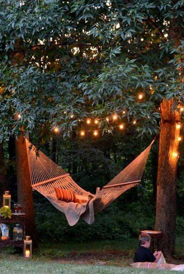 19 Relaxing Suspended Outdoor Beds That Will Transform Your Summer homesthetics decor (7)