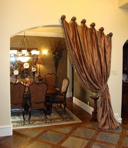 20 BEAUTIFULLY DESIGNED DRAPES OF YOUR CHOOSING TO ADD TO YOUR HOME'S DECOR (32)