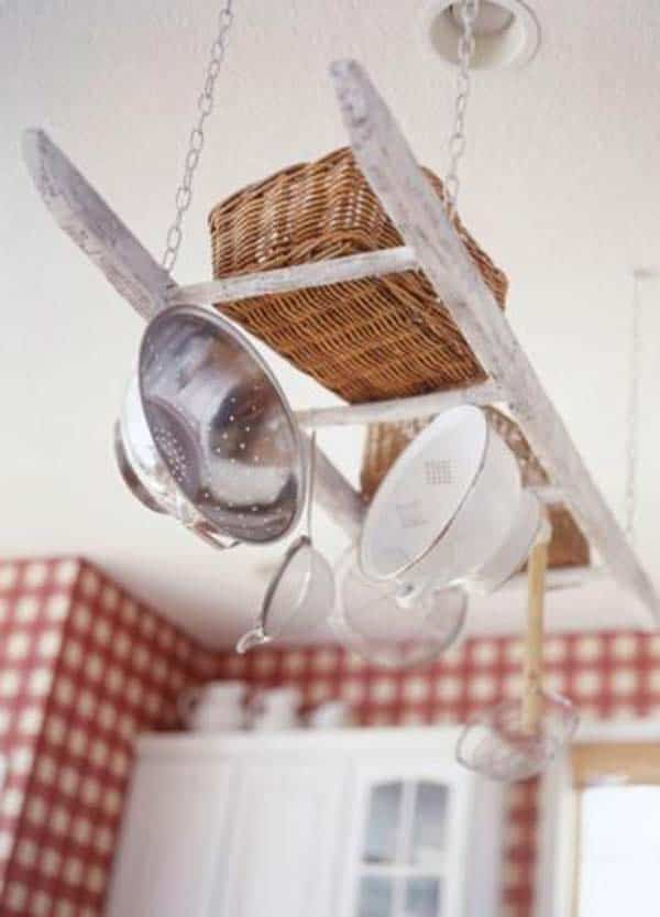21 Creative Ideas on How to Add a Vintage Touch to Your Kitchen homesthetics decor (13)