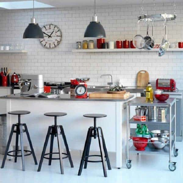 21 Creative Ideas on How to Add a Vintage Touch to Your Kitchen homesthetics decor (21)