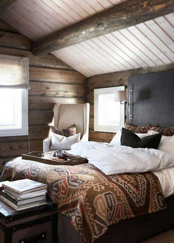 4 smaller rustic bedrooms can be cozier