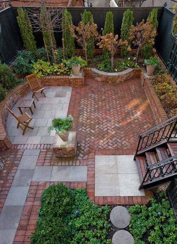 23 Simple Beautiful Small Backyards Presenting Spaciousness and Warmth homesthetics designs (15)