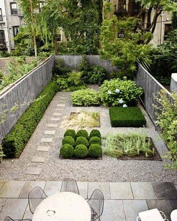 23 Simple Beautiful Small Backyards Presenting Spaciousness and Warmth homesthetics designs (20)