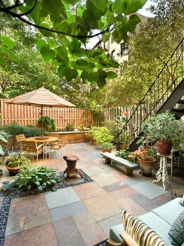 23 Simple Beautiful Small Backyards Presenting Spaciousness And Warmth  Homesthetics Designs (5)